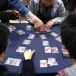 Un jeu de cartes très populaires lors du Game Market.