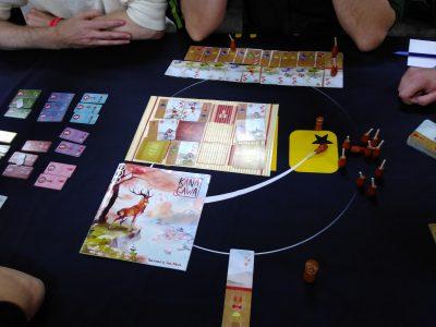 Une petite partie de Kana Gawa, nouveau jeu Iello : une histoire d'atelier de peinture japonaise !