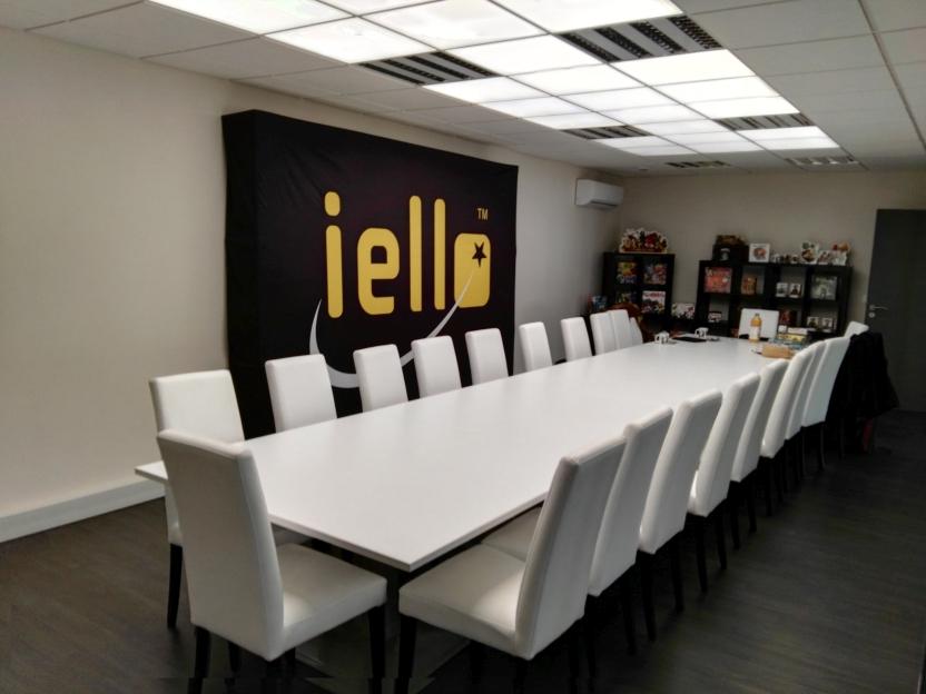 La très classieuse salle de réunion