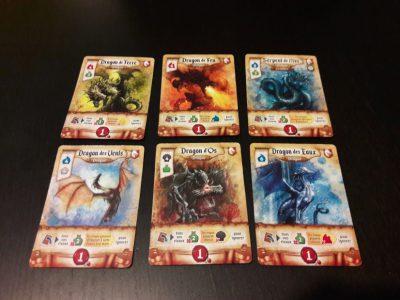 """Les 6 cartes artefacts """"Dragon"""" du jeu"""